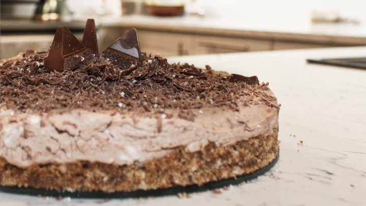 Toblerone Cheesecake: The Easy Decadent Dessert